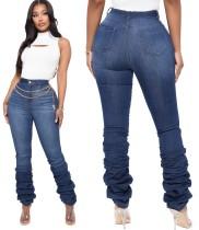 Verwaschene, gestapelte Jeans in Winterblau mit hoher Taille