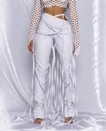 Calça com borla de cintura alta em couro para festa de inverno