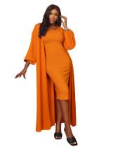 Осеннее однотонное платье-миди с подходящим комбинезоном