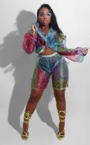 Цветной укороченный топ с принтом для летней вечеринки и соответствующий комплект шорт