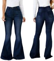 Jeans acampanados de cintura alta azul con estilo de invierno