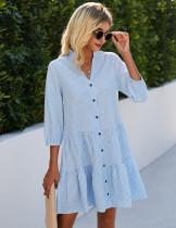 Vestido a cuadros informal de verano con botones en una línea