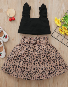 Set top corto estivo nero per bambina e gonna leopardata