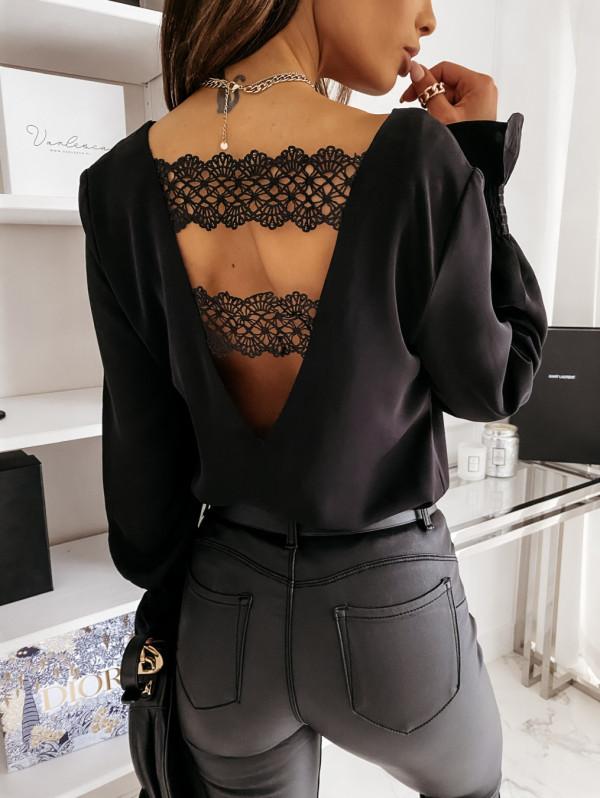 Blusa elegante con parche de encaje de manga larga