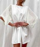 Vestido camisero blanco de verano con cuello redondo y mangas de parche de punto