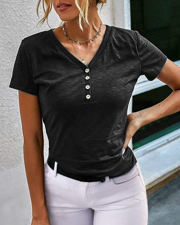 Camisa regular de manga corta con cuello en V negro de verano