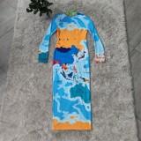 Vestido midi de manga larga con estampado de mapa de fiesta