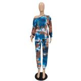Conjunto casual de dos piezas con camiseta y pantalones con efecto tie dye