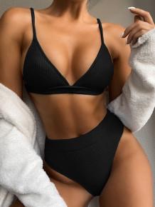 Einfarbige zweiteilige Badebekleidung mit hohem Taillenriemen
