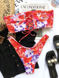 Zweiteilige Bandeau-Badebekleidung mit Blumenmuster