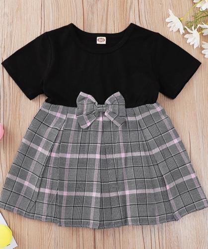 女の赤ちゃん夏の格子縞のプリントネクスケータードレス