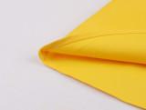 Vestido skater amarillo estilo retro con manga corta