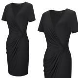 Mini vestido de verano con cuello en V envuelto en color sólido