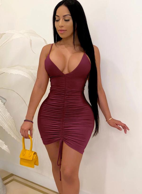 Vestido ajustado con cuello halter y fruncido sexy de color sólido