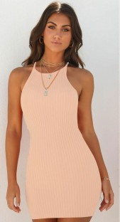 Sommer gestricktes Neckholder-Minikleid
