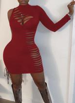 Vestido ajustado de fiesta sexy de color sólido con un hombro rasgado