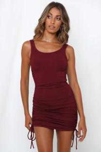 Sommer einfarbiges Kleid mit gerafften Strings und Weste