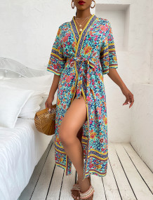 Longue couverture d'été à imprimé floral bohème avec ceinture