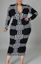 Vestido midi de manga larga con estampado blanco y negro de talla grande