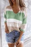 Suéter frouxo com decote em V de cor contrastante primavera