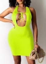 Verano verde sexy ahueca hacia fuera el halter mini vestido ajustado