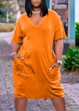 Sommer lässiges orangefarbenes lockeres Hemdkleid mit V-Ausschnitt
