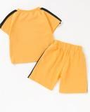 Set coordinato di camicia e pantaloncini con stampa animalier per neonato