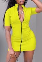 Sommer lässig gelbe Reißverschluss vorne Rollkragen Minikleid