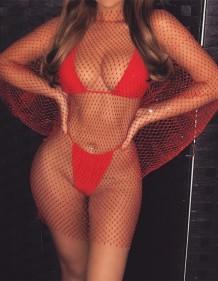 Cobertura para vestido vermelho de manga comprida de rede de arrasto de verão