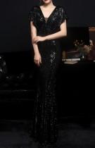 Summer Black Sequins V-Neck Mermaid Long Evening Dress