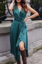 Sommergrün ärmelloses gewickeltes unregelmäßiges elegantes langes Kleid
