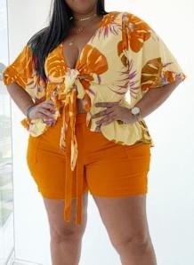 Conjunto a juego de blusa y pantalones cortos de manga corta naranja con estampado de verano de talla grande