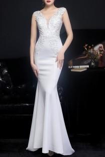Summer White Lace Upper Sleeveless V-Neck Mermaid Wedding Bridal Dress