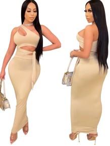 Conjunto de fiesta de falda larga de cintura alta y top corto de un hombro de color caqui de verano