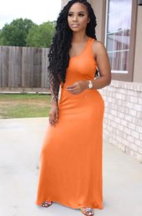 Летнее оранжевое повседневное длинное платье без рукавов