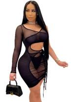 Mini vestido ajustado de verano negro ahuecado con una sola manga