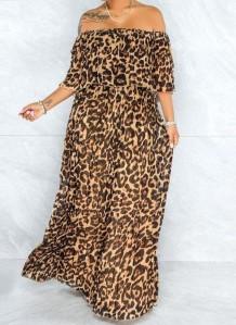 Летнее длинное платье макси с открытыми плечами и леопардовым принтом больших размеров