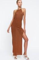 Verano que hace punto ahueca hacia fuera el vestido largo cabestro de la abertura lateral