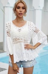 Top boho de mangas anchas ahuecadas blancas de verano