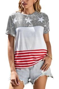 Camisa básica con cuello redondo y rayas con estampado de estrellas de verano