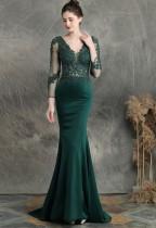 Летнее кружевное вечернее платье с длинным рукавом и V-образным вырезом зеленого цвета с русалкой