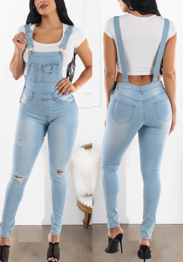 Pantalon en denim à bretelles déchiré bleu clair décontracté d'été