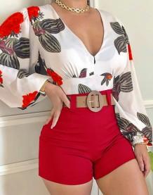 Летняя формальная блузка с V-образным вырезом и цветочным принтом и простые шорты