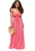 Conjunto de falda larga y top bandeau rosa a juego de dos piezas de verano