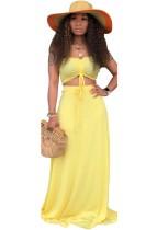 Conjunto de falda larga y top bandeau amarillo a juego de dos piezas de verano