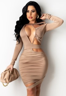 Летнее однотонное сексуальное облегающее платье с открытыми рюшами и рюшами