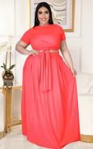 Conjunto de falda larga y top corto rosa de verano de talla grande