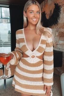 Mini abito con scollo a V e maniche lunghe all'uncinetto a righe estive