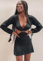 Mini vestido de verano negro ahuecado O-Ring Crochet Deep-V con mangas completas