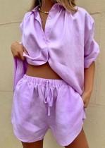 Conjunto de salón de blusa y pantalones cortos de algodón morado informal de verano